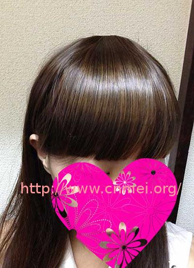 リネアストリア 前髪ウィッグ・サイド付タイプ 装着した画像